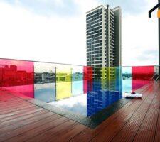 Swimming pool service apartment